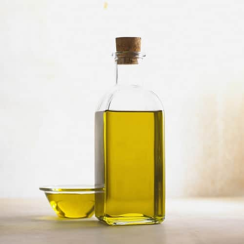 Almond Oil to Remove Dark Circles Instantly