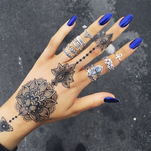Intricate Henna Designs: Top 25 Simple And Beautiful Mehndi Designs To Inspire You