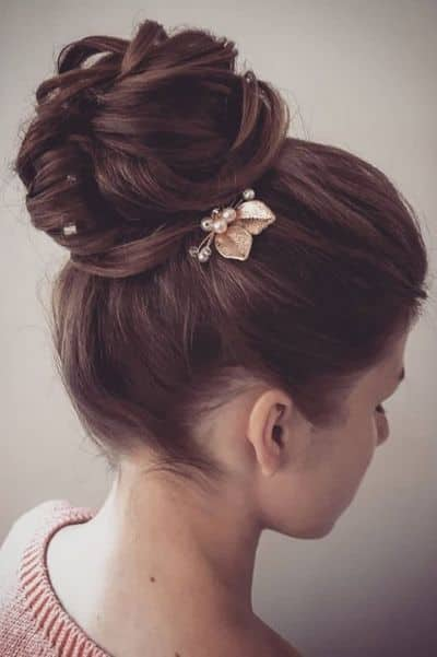 Layered Top Knot Messy Bun